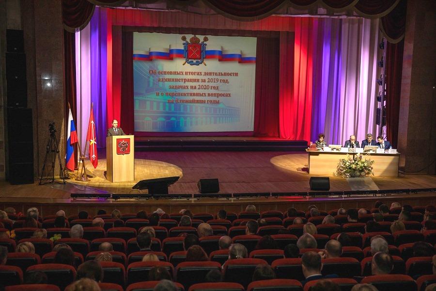 Достижения работы администрации Колпинского района отметил Михаил Романов
