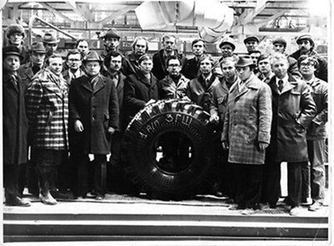 Выпущена первая продукция «Нижнекамского завода грузовых шин»