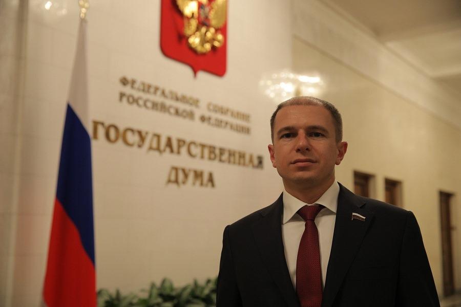1619529963_romanov-parlament